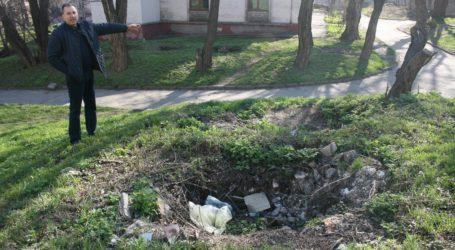 Ями-пастки у дворах Кам'янського на згадку про хазяйновитість предків