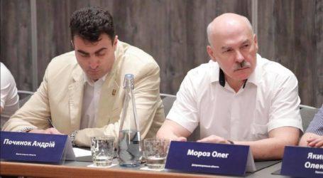 Первый пошел: Олег Мороз стал первым «официальным» мажоритарщиком в Каменском
