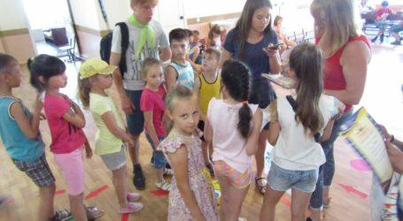 Літні розваги школярів Кам'янського