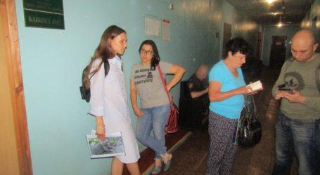 Поліцейські клопоти в Кам'янському: грабіж, ще одна котяча смерть та таємниця замкненої квартири