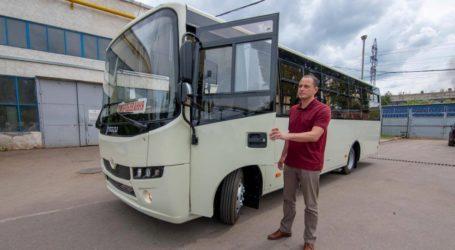 Нові комунальні автобуси у Кам'янському: в цьому році 30 штук за гроші від ДМК