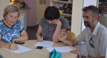 Чим можна зайнятись у бібліотеці в Кам'янському