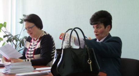 Суперечки депутатів з посадовцями навколо адмінреформи в Кам'янському
