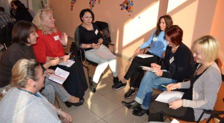 Позбуватись комплексу меншовартості вчились психологи в Кам'янському