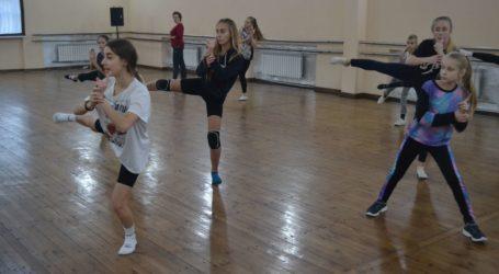Танцювальні майстер-класи –  «фішка» Нової сцени в Кам'янському