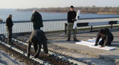 Наближається завершення ремонту деформаційних швів на мосту в Кам'янському