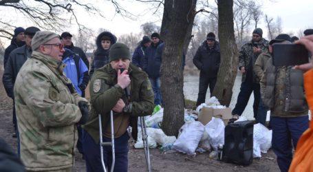 Конфлікт навколо рибалки в Кам'янському: заборона лишилась в силі