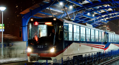 Нові автобуси та трамваї і орендовані суперсміттєвози в Кам'янському