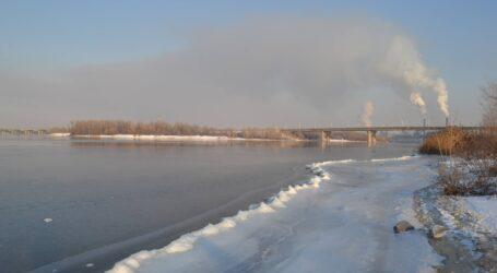Як мешканці Кам'янського питали в депутатів міськради про екологію