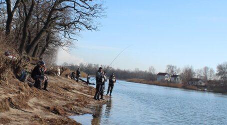 Рибалка в Калоші: ситуація покращується, але до подолання браконьєрства ще далеко