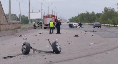 Аварія на мосту в Кам'янському: автівку розірвало на шматки (виправлено)