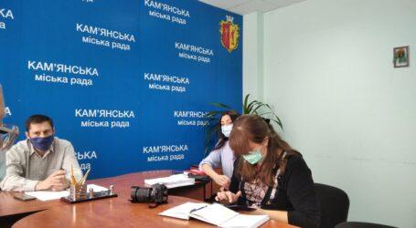 Травнева сесія міськради Кам'янського: з журналістами, але без публіки, порядок денний уточнюється
