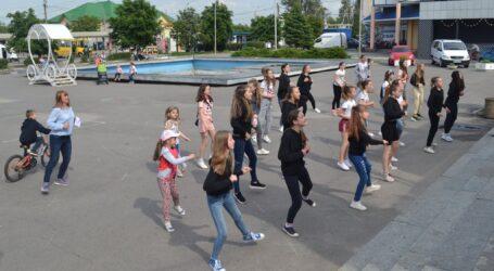 Затримання ґвалтівника дітей та фітнес-уікенд в Кам'янському