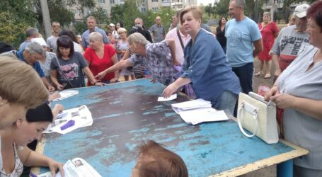Розірваний «Моноліт» в Кам'янському: «ганебна пляма» на самоорганізації чи приклад небайдужості членів ОСББ?