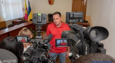 Влада Кам'янського будує нові спортмайданчики та переселяє погорільців