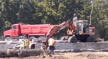 Думи про майбутнє, ремонт доріг, дахів та обрізка сухих дерев у Кам'янському