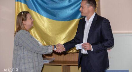 Андрею Белоусову вручили удостоверение кандидата на пост мэра Каменского