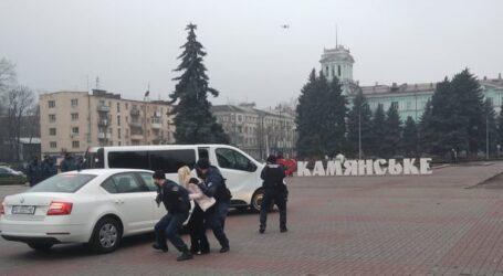 Профілактика пожеж на ринку та маневри судових охоронців в Кам'янському