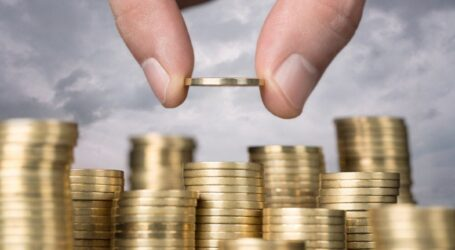Брак грошей, швидкий ріст цін та залежність від зовнішніх кредитів чекають українців в 2021 році