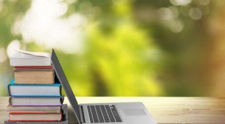 В школах України з'являться електронні щоденники та журнали