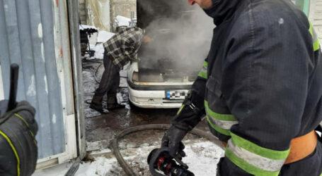 На Дніпропетровщині гасили автівки
