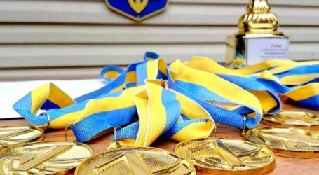Понад 1,5 тис спортсменів Дніпропетровщини увійшли до складу українських збірних