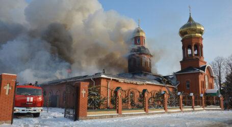 35 рятувальників гасили пожежу у Храмі на Дніпропетровщині