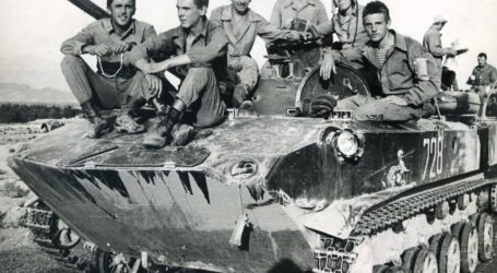 """У музеї Кам'янського відкрилась виставка """"Чужа війна"""""""