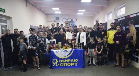 У Кам'янському відбувся відкритий турнір з кікбоксингу «ІСКА»