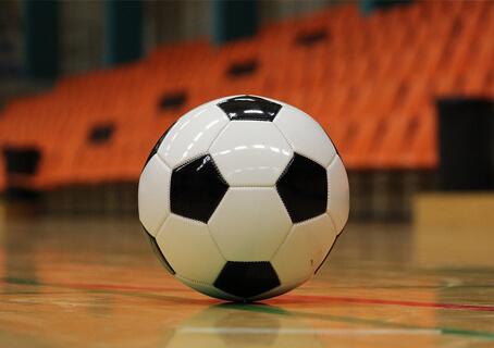 У Кам'янському триває чемпіонат міста з мініфутболу