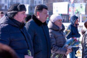У Кам'янському вшанували пам'ять Героїв Небесної Сотні - ФОТО
