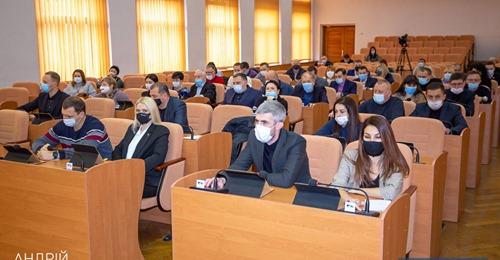 Депутатів Кам'янського закріплять за округами: де знайти свого