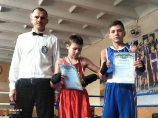 Чотири кам'янські боксери стали переможцями Всеукраїнського турніру