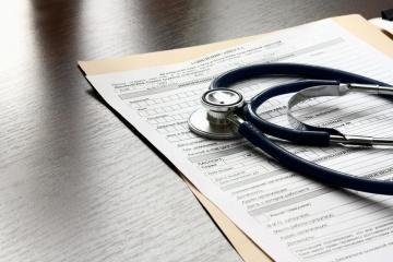 В Україні з'являться електронні лікарняні листки