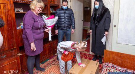 Міський голова Кам'янського привітав мам, які виховують особливих діток