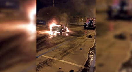 У Дніпрі внаслідок ДТП згорів легковий автомобіль