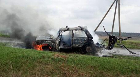 Під Кам'янським водій отримав опіки, намагаючись врятувати від вогню власну автівку