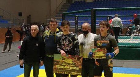 Кам'янські спортсмени вибороли нагороди по козацькому двобою