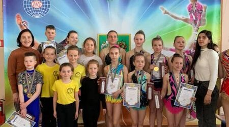 Спортсмены ДЮСШ№4 стали призерами Всеукраинского турнира по спортивной акробатике