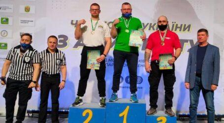 Кам'янчанин Дмитро Сорока здобув звання чемпіона України з армспорту