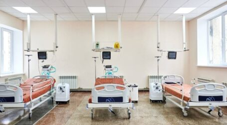 У Дніпровській лікарні на залізничному транспорті відкрили осучаснені COVID-відділення із новою реанімацією
