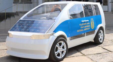 Українські науковці зі студентами створили електромобіль Єва