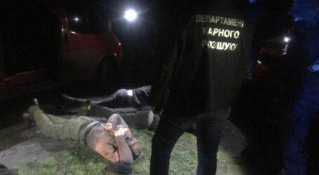 На Дніпропетровщині затримали злочинну групу за крадіжки з підприємства стратегічного значення