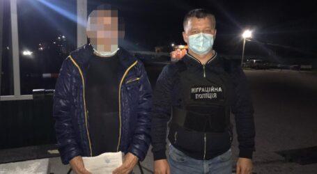 На Дніпропетровщині примусово видворять двох росіян, які відсиділи за вбивство