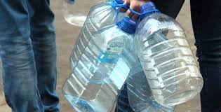 З 6 по 9 травня мешканцям центральної частини Кам'янського будуть підвозити воду автоцистернами