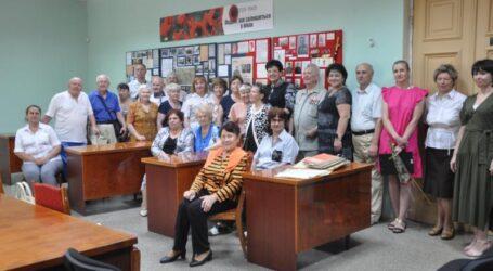 Ветерани Кам'янського відвідали виставку, присвячену війні
