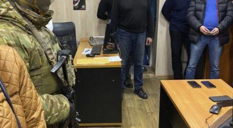 На Дніпропетровщині викрили корупційну схему розмитнення авто