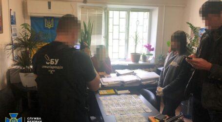У Дніпрі СБУ викрила суддю на організації корупційної схеми