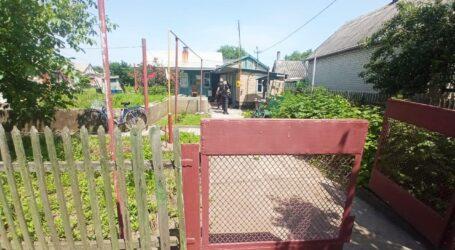 На Дніпропетровщині чоловік знайшов у себе на подвір'ї  мертвого знайомого
