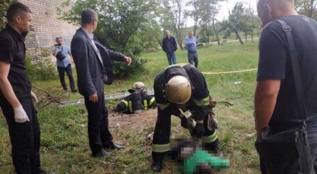 На Дніпропетровщині зниклого хлопчика, якого знайшли мертвим в колекторі, вбив знайомий матері